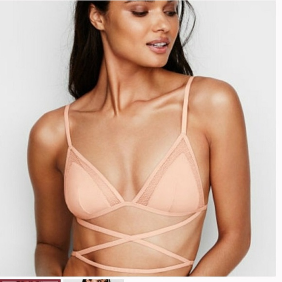 Victoria's Secret Other - 6/25 VS NUDE wrap bra